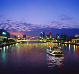 Night-Cruise-At-Zhujang